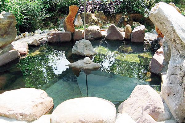 吴堡旅游-横沟温泉度假区
